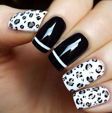 Nail White Black Art