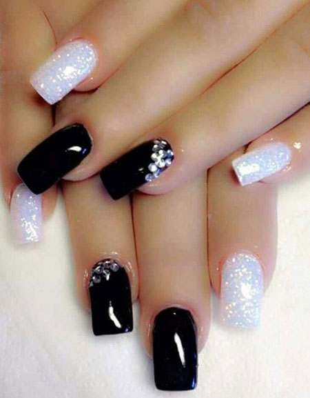 Nails White Black Nail