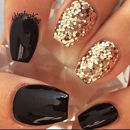Black Gold Glitter Manicure