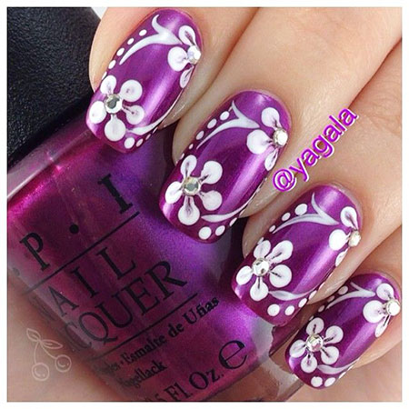 Polish White Finger Flowers