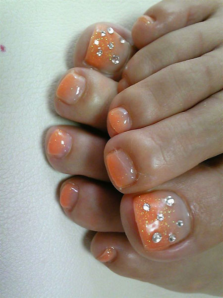 Toe Rhinestones French Manicure
