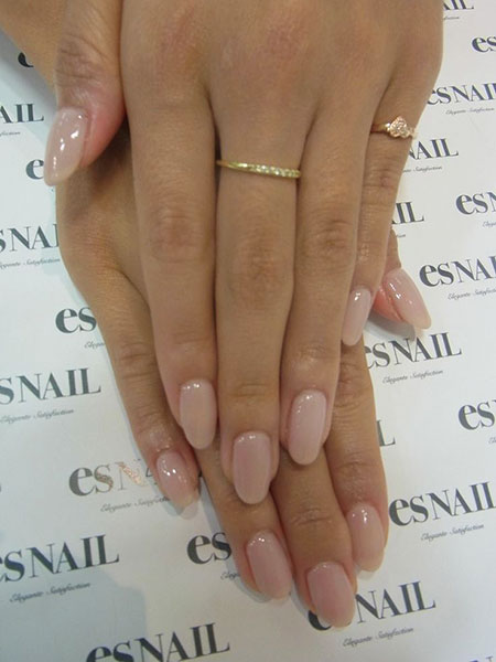 Manicure Nude Round Shaped