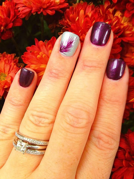 Short Purple Nails with Feathers, Nail Feather Gel Manicure