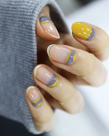 Manicure Gray Short Trends