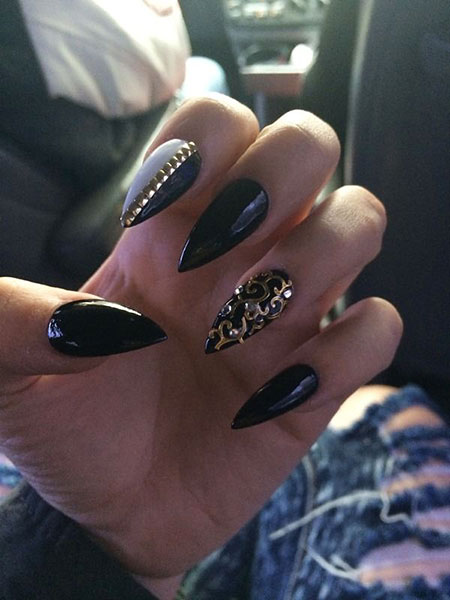 Stiletto Gold Black Pointy
