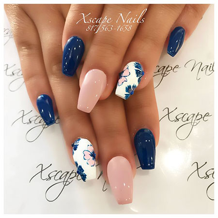 Cute Manicure Spring