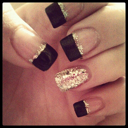 Sparkly Perfect Gold Nails, Gold Black Blue Purple