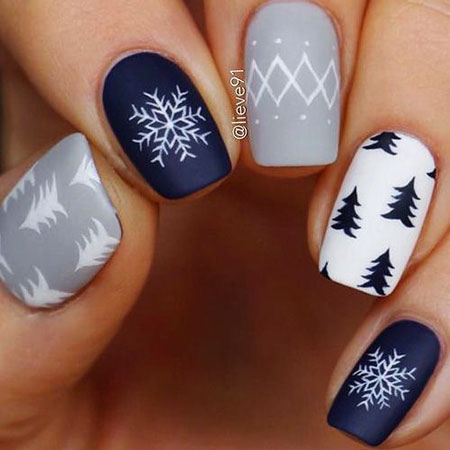28 christmas nail art 2019 best nail art designs 2020 28 christmas nail art 2019 best nail