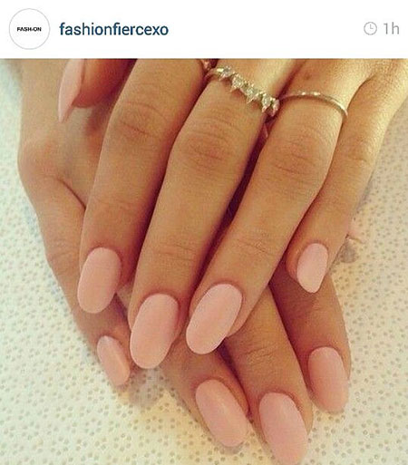 Short Oval Nails, Pink Oval Matte Manicure