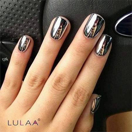 Silver Mirror Nail Polish Trend, Silver Polish Metallic Top