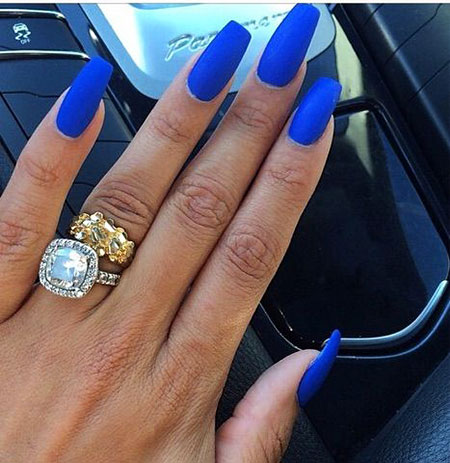 Blue Matte Essie Royal