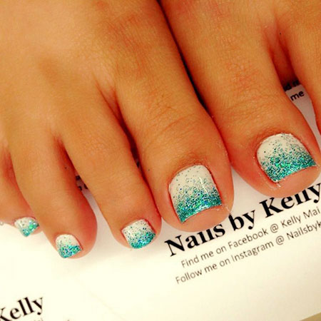 Blue and White Ombre Toe Nail Design, Toe Pedicure Ideas White