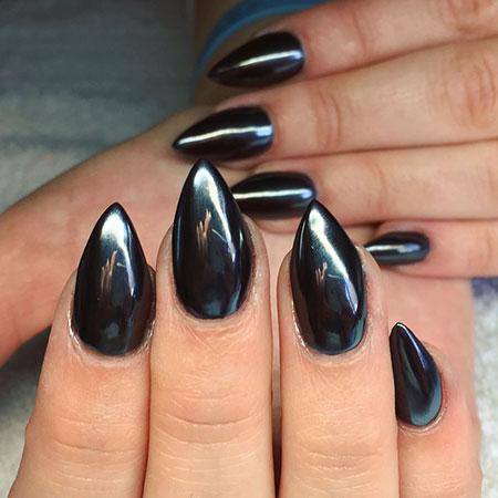 Black Manicure Stiletto Full