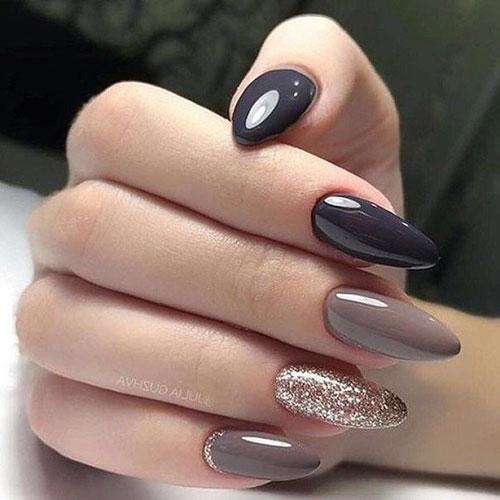 Trendy Fall Nail Colors