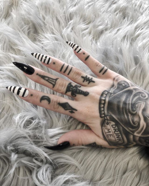 White And Black Acrylic Nails