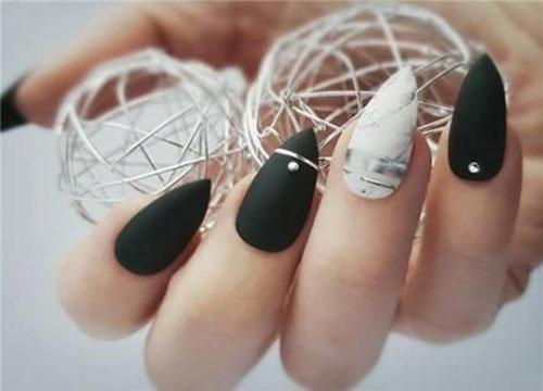 Super Short Stiletto Nails
